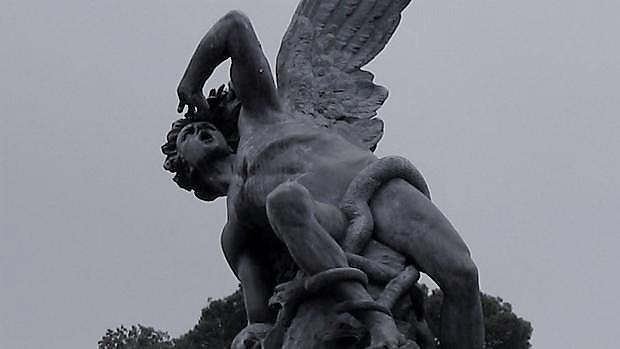 Si no gobiernan ángeles, ¿Por qué el Tribunal Supremo considera al gobierno irresponsable de los actos ilegales que dicta?
